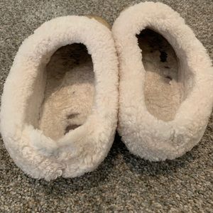 Tory Burch Shoes - TORY BURCH | Shearling Coley Slippers | Size 8